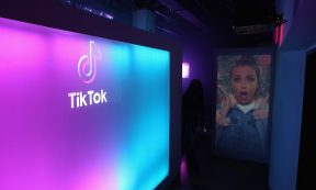 HEADLINE STORY - TikTok, WeChat will be out from US app stores from Sunday