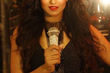 E-GUIDE - My playlist with Harshi Mad
