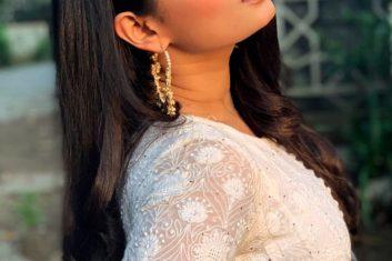 E-GUIDE - Super fan of the week – Samiksha Jaiswal