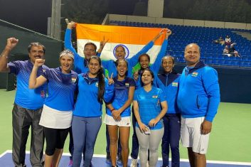 HEADLINE STORY - The Indian Fed Cup team, after qualifying for the World Group playoffs. (Courtesy: Twitter)